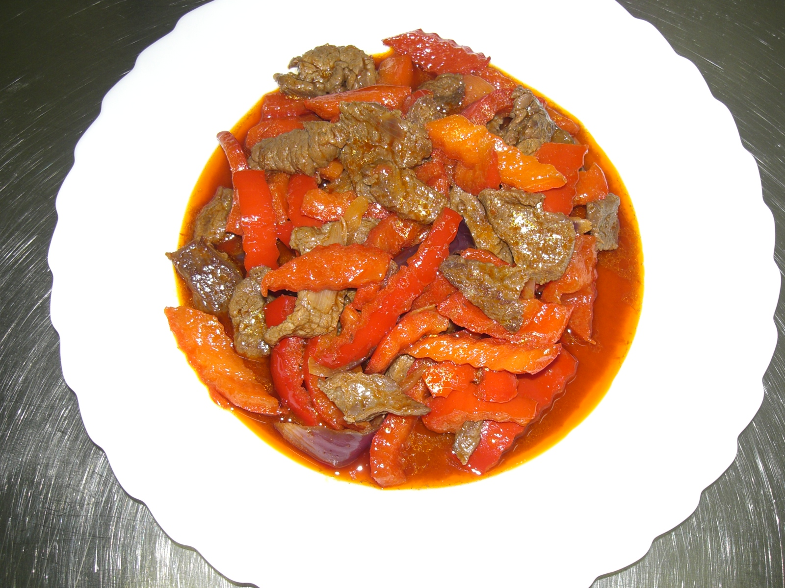 rotes Rindfleischcurry